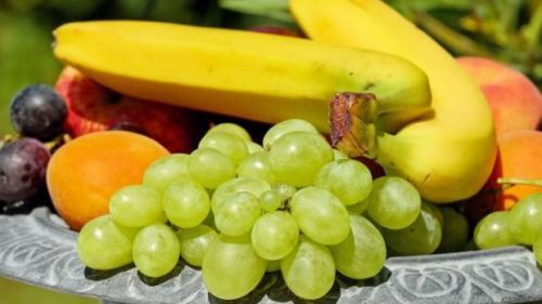 Cum scapam de pesticidele prezente la fructele din import!