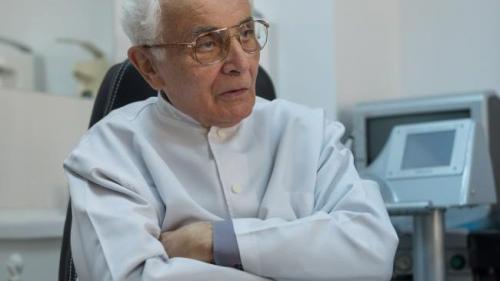 De ziua ta! Profesor doctor Dorin Sarafoleanu împlineşte 82 de ani