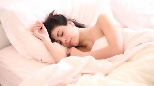 De ce, uneori, ne simtim obosiți după ce ne trezim?