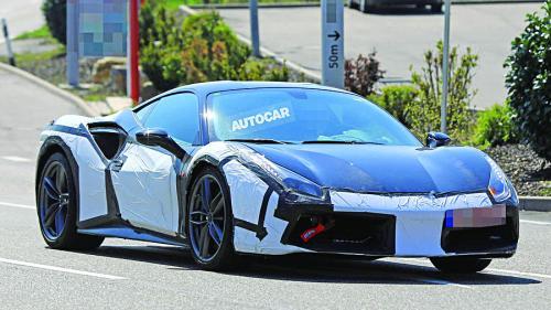 Supercar.Ferrari de 700 de cai putere
