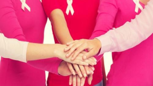Alimente şi obiceiuri sănătoase pentru a preveni apariţia cancerului de sân