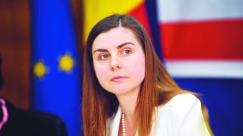 Ioana Petrescu: Societatea nu se mai simte reprezentată de clasa politică