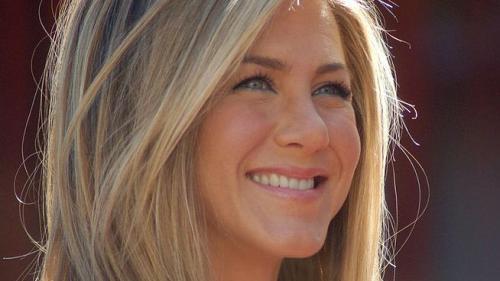 Jennifer Aniston infirmă zvonurile privind o împăcare cu Brad Pitt