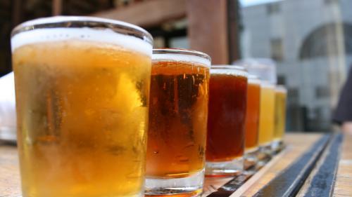 Alcoolul, mai benefic decât exercițiile pentru persoanele de peste 90 de ani