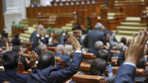 Moțiunea împotriva ministrului Muncii, votată în plenul Camerei Deputaților