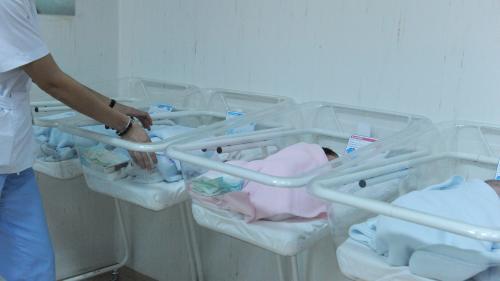 Se întâmplă în România. Maternitatea cu 11 asistente, dar cu niciun medic