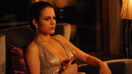 """Sonia și Tudor Caragea primesc o veste tulburătoare în cel de-al șaselea episod al serialului """"Fructul oprit"""""""