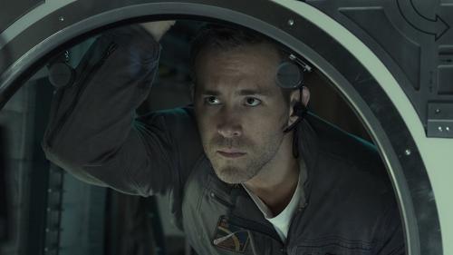 Actorul Ryan Reynolds si-a cumparat o fabrica de gin
