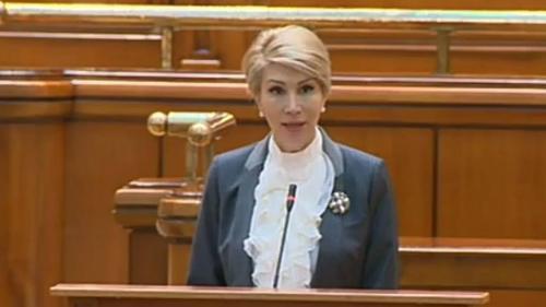 Raluca Turcan vede ca fiind posibilă suspendarea preşedintelui Iohannis