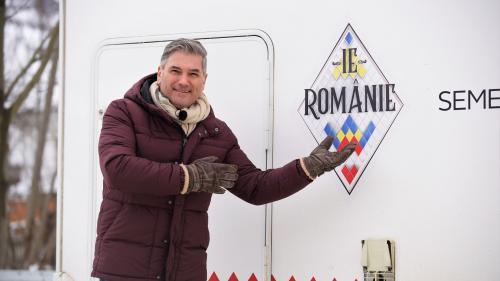 """Aventura """"Ie, Românie"""" începe, de Mărțișor, în Maramureș  Mircea Radu, ajutat de Dana Săvuică și Ionuț Iftimoaie să găsească cele mai mândre fete"""