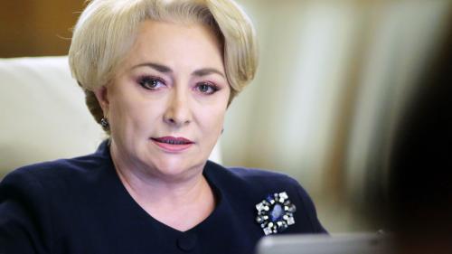 Dăncilă: Ministrul Transporturilor va răspunde cu funcţia dacă în acest an nu vor fi realizaţi 60 km autostradă