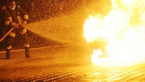 O mașină a luat foc în mers, în Videle