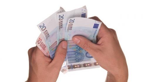 Investiţiile străine directe în România au scăzut la 310 milioane de euro