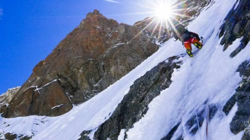 Alex Găvan urca doua vârfuri de 8.000 m din Himalaya, fără oxigen suplimentar