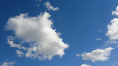 NASA invită publicul să trimită fotografii cu nori pentru validarea imaginilor din satelit