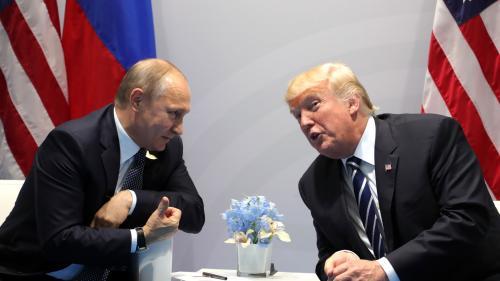 Trump i-a telefonat lui Putin şi l-a felicitat pentru realegere, anunţă Kremlinul