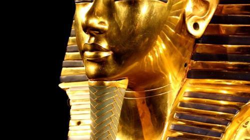 Masca lui Tutankhamon la Bucureşti
