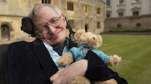 Stephen Hawking va fi înmormântat alături de Newton la Westminster Abbey