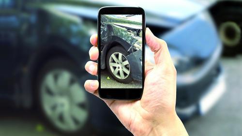 Majoritatea maşinilor second hand au avut accident