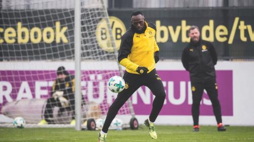 VIDEO - Usain Bolt nu renunță la visul său de a deveni fotbalist profesionist
