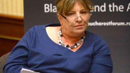 Norica Nicolai (ALDE): CE şi Jean-Claude Junker doresc ridicarea MCV-ului în privinţa României