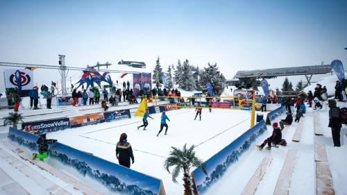 Volei pe zăpadă: Românii, eliminaţi de la Campionatele Europene, după faza grupelor