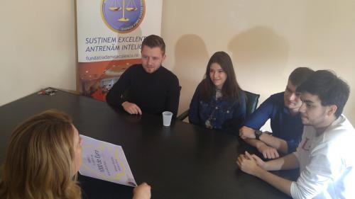 Cinci tineri și-au adjudecat marele premiu de 1.000 de euro pentru oratorie