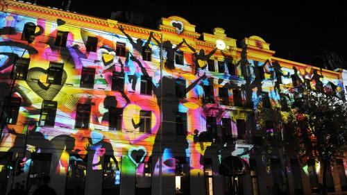 GALERIE FOTO Clădiri emblematice pentru Bucureşti prind viaţă în cele patru seri ale Festivalului Spotlight