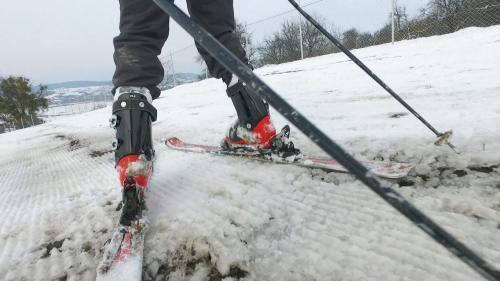 Țara pârtiilor de schi pe care nu poţi schia