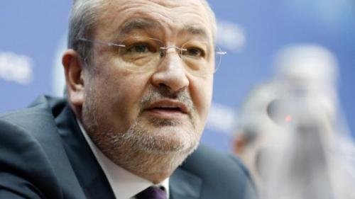 Augustin Lazăr cere preşedintelui încuviinţarea urmăririi penale pentru fostul ministru Sebastian Vlădescu