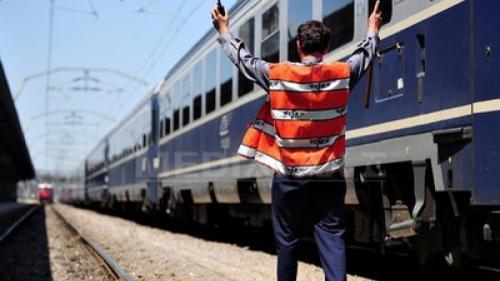 Sindicaliștii feroviari amenință Guvernul cu declanșarea grevei generale