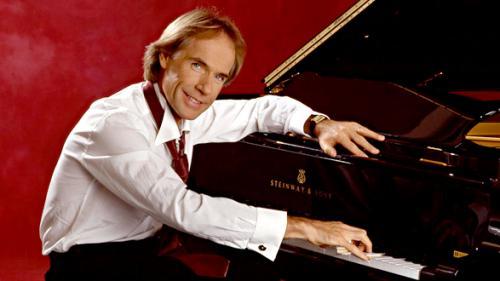 Pianistul Richard Clayderman concertează astăzi, la Piteşti