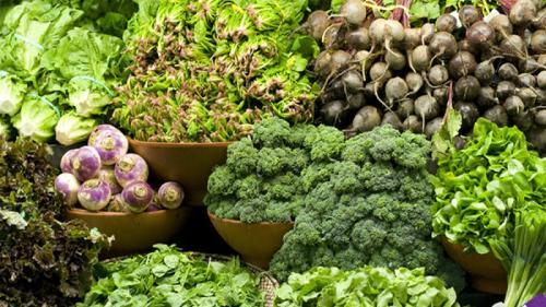 Diete sănătoase. Cum să slăbești și să îți fortifici organismul cu DIETA VERDE