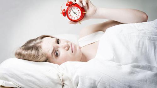 Între ce ore se refac organele. Află care sunt orele ideale pentru hrană, somn, mișcare