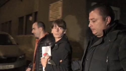 Femeia acuzată că a omorât o tânără la metrou, trimisă în judecată de Parchetul Tribunalului Bucureşti
