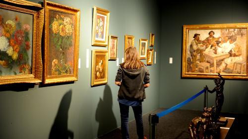 GALERIE FOTO - La ARTSAFARI sunt expuse lucrări în valoare de 10 milioane de euro