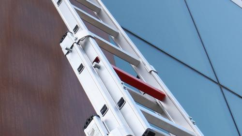 (P) Aveți nevoie de scări de aluminiu cu 2 tronsoane? Intrați pe Rafturionline.ro!