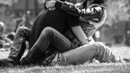 Şase semne ale prezenţei chimiei sexuale