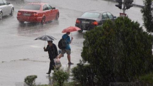 Alertă ANM! Cod galben de instabilitate atmosferică în Alba, Bihor şi Arad