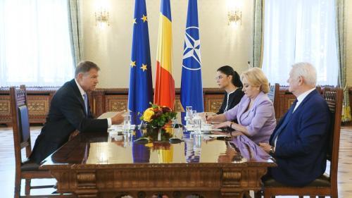 Iohannis somează guvernanții să clarifice situația pilonului II de pensii