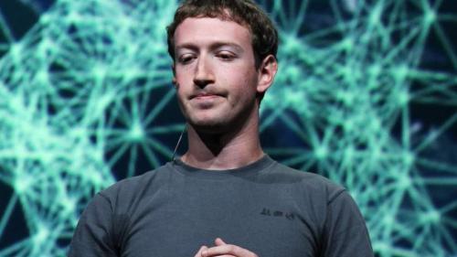 Patronul Facebook nu a convins Parlamentul European