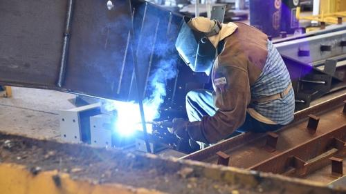 Românii, ultimii în UE la contractele de muncă temporară
