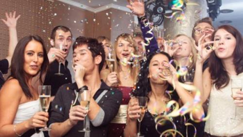5 elemente MUST-HAVE pentru cea mai COOL petrecere