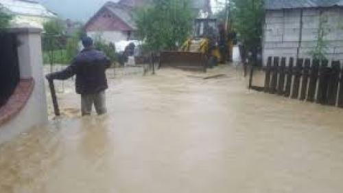 Cod galben de inundaţii în opt bazine hidrografice din Banat şi Crişana