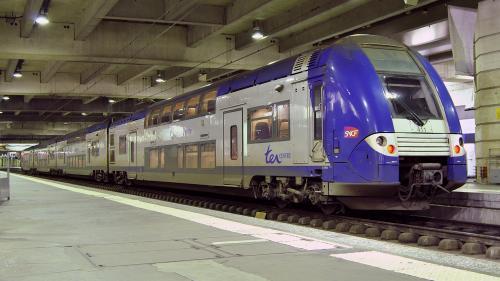 Statul francez va prelua 35 de miliarde de euro din datoriile companiei de căi ferate