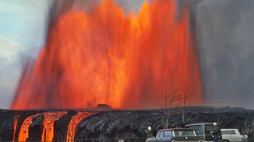 Vulcanul Kilauea: Alt şuvoi de lavă a ajuns în ocean