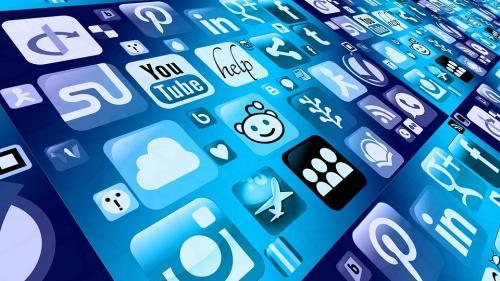 Tot mai mulți tineri renunță să mai utilizeze Facebook