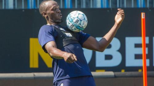 Usain Bolt debutează ca fotbalist la echipa norvegiană Stromsgodset IF