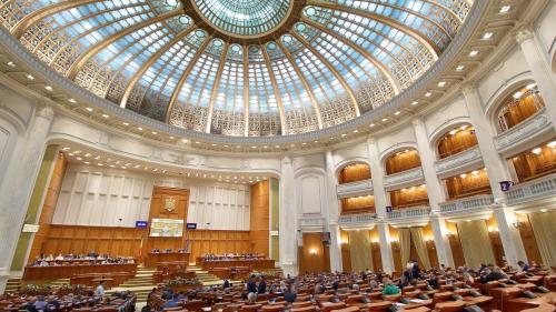 Banii parlamentarilor, Episodul II. Deputații au datorii de peste 67,7 milioane de lei