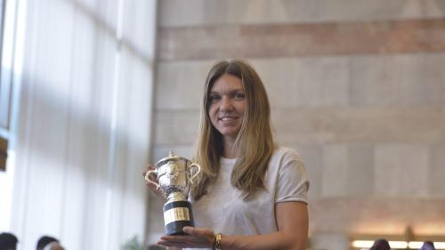 Simona Halep: Acest trofeu este şi al României
